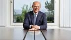 Der Gewinn beim Zurich-Versicherungskonzern ist im ersten Halbjahr 2016 um 22 Prozent zurückgegangen – unter anderem wegen hoher Schadenszahlungen und der Kosten für den Konzernumbau.  Bild: Der neue CEO Mario Greco.