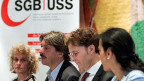 VPOD-Präsidentin Kathrina Prelicz-Huber, SGB-Präsident Paul Rechsteiner, SGB-Chefökonom Daniel Lampart und Unia-Präsidentin Vania Alleva fordern generelle Lohnerhöhungen.