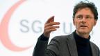 Die Nationalbank soll auch den AHV-Fonds nicht mehr mit Negativzinsen belasten dürfen, fordert der Schweizerische Gewerkschaftsbund. Bild: SGB-Chefökonom Daniel Lampart.