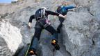Kletterer mit entsprechender Ausrüstung.