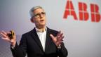 Ulrich Spiesshofer, CEO von ABB an einer Pressekonferenz über den Verkauf der ABB-Gruppe für Stromnetze an das japanische Unternehmen Hitachi.