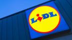 Logo an einem Lidl-Supermarkt.