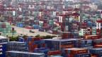 Containerhafen in Shanghai. Symbolbild.