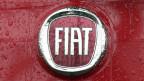 Fiat-Logo auf einem Auto.