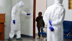 Die Hoffnung: dass wenigstens für einen nächsten Ebola-Ausbruch ein Impfstoff bereit ist – denn ein solcher kommt bestimmt, sind die Experten überzeugt.