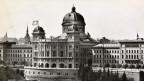 Das Bundeshaus in den 1940er Jahren.