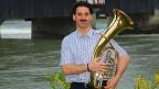 Andi Grüter mit seinem Instrument.