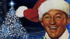 Mann mit Weihnachtsmann-Mütze.