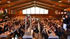 Gegen 400 Personen trafen sich im Freizeitzentrum Bielen in Saas Fee zur Delegiertenversammlung des Eidgenössischen Jodlerverbands.