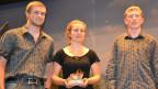 Das Trio «Dreierlei» aus dem Kanton Baselland gewinnt den «Folklorenachwuchs»-Wettbewerb in der Kategorie Instrumentale Volksmusik.