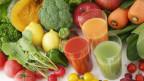 Saft aus Früchte und Gemüse.