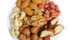 Eine Schale voll Nüsse.