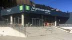 Der Eingang des Sportzentrums Mürren.
