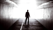 Audio «Die Leiche, die vom Himmel fiel» abspielen