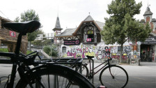 Audio «Berner Gemeinderat droht Reitschule mit Sanktionen» abspielen