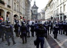 Audio «Demo «Stopp Kuscheljustiz» abgesagt - Situation bleibt angespannt» abspielen