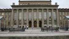 Audio «Umfrage an Berner Gymnasien zu späterem Schulbeginn» abspielen