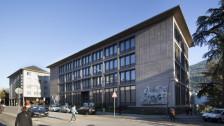 Audio «Walliser Kantonalbank zahlt eine Busse von 2,3 Millionen Franken» abspielen