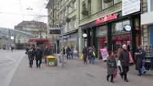 Audio «Media Markt will im Raum Bern zwei Geschäfte schliessen» abspielen