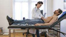 Audio «Krankenkassen-Prämien steigen 2015 in beiden Basel stark» abspielen