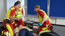 Audio «Mehr Chancen bei Herzinfarkt: Neuerungen bei Rettungsdienst Zug» abspielen