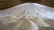 Laschar ir audio «La cifra - 200'000 tonnas sal».