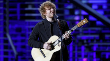 Laschar ir audio «Ed Sheeran: «Shape of you»».