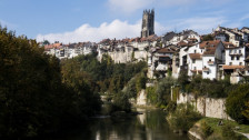Laschar ir audio «Friburg a la conquista dals turists urbans».