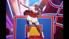 Laschar ir audio «Katy Perry feat. Nicki Minaj: «Swish Swish»».