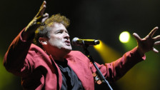 Laschar ir audio «Johnny Clegg and Savuka: «Scatterlings of Africa»».