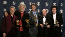 Laschar ir audio «Nitty Gritty Dirt Band: «Will the circle be unbroken»».