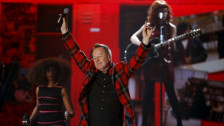 Laschar ir audio «Simple Minds: «Don't You (Forget About Me)»».