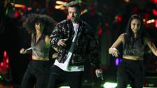 Laschar ir audio «Justin Timberlake: «Say Something»».