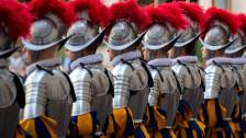 Laschar ir Audio «Guardia svizra papala e sias unifurmas»