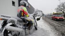 Audio «Tipps, wie Sie auf zwei Rädern sicher durch den Winter kommen» abspielen