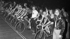 Audio «75 Jahre Hallenstadion: Musik, Sport und Spektakel» abspielen