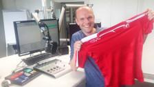 Audio «Die Fussballshirts im professionellen Reisstest» abspielen