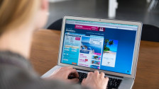 Audio «Auf Ebookers Hotel reserviert, aber oje: Es ist ausgebucht» abspielen
