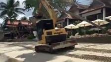 Audio «Wegen Baustelle: Horrorferien in Thailand» abspielen