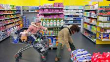 Audio «Rechtsfrage: «Darf mein Kind im Laden ein Weggli essen?»» abspielen