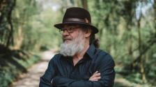 Audio ««Da Sepp Murer wett a sinerä Schweschter Annämarie zum Geburtstag gratäliärä»» abspielen.
