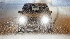 Audio «So fahren Sie sicher auf Schnee und Eis» abspielen