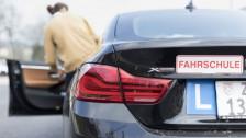 Audio «Automaten-Fahrschüler fahren handgeschaltet: «Gefährlich!»» abspielen