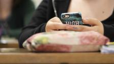 Audio «Schule entzieht Smartphones von Schülern tagelang» abspielen