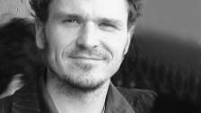 Audio ««Ein Hologramm für den König» von Dave Eggers» abspielen