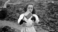 Audio «Neues zu 1945: Mythos Trümmerfrau und ein Massensuizid im Osten» abspielen