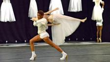 Audio «Der Tanz um die Performance» abspielen