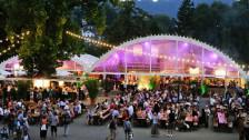 Audio «Festival + Sommer: Sommerfestival!» abspielen