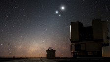 Audio «Mit riesigen Teleskopen auf der Suche nach Leben im All» abspielen