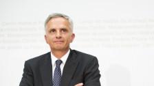 Audio «Wird Didier Burkhalter der Nachfolger von George Clooney?» abspielen.